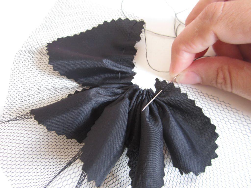 mis nancys, mis peques y yo, tutorial facil DIY tul y tela fruncir juntos