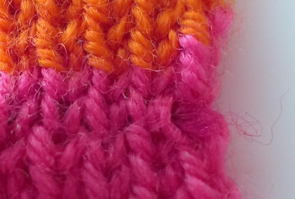 mis nancys, mis peques y yo, tutorial bufanda tricolor esconder hebra 3