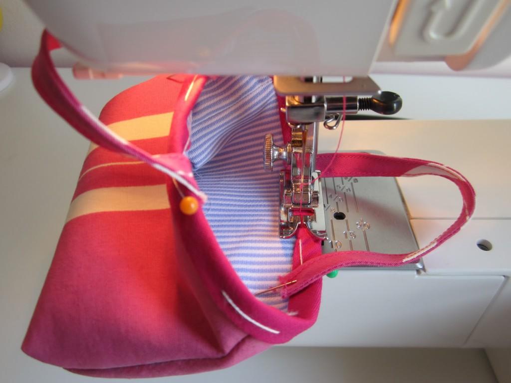 mis nancys, mis peques y yo, tutorial bolsa playera Nancy, coser bies