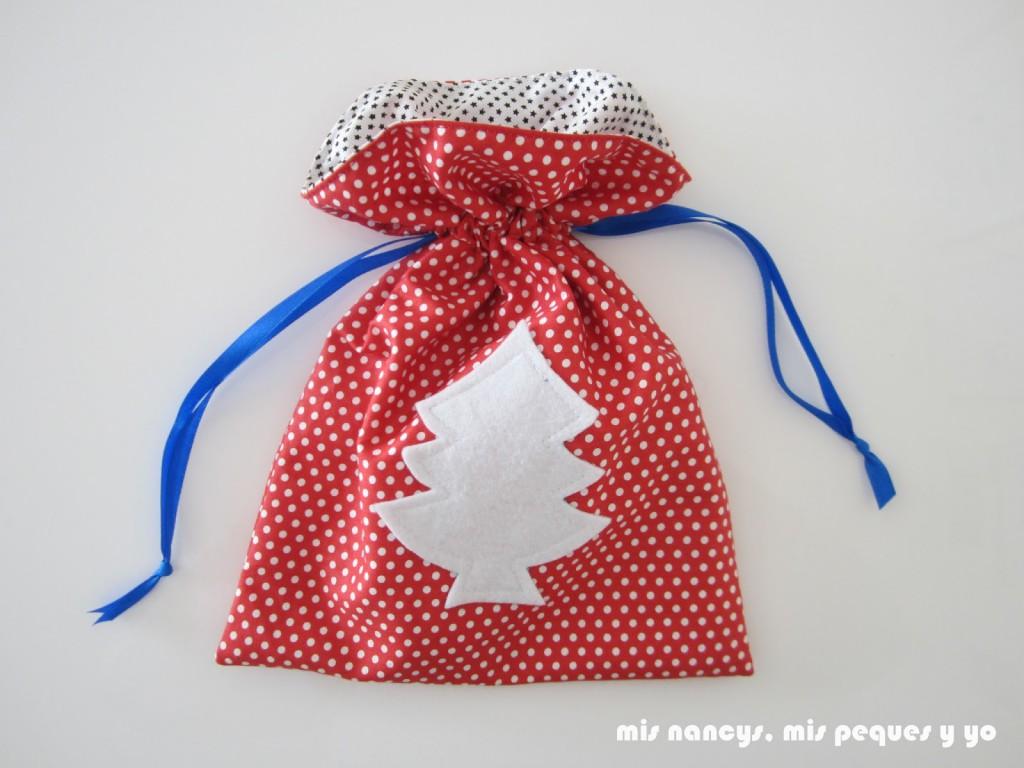 mis nancys, mis peques y yo, tutorial bolsitas de Navidad reversibles, bolsa terminada