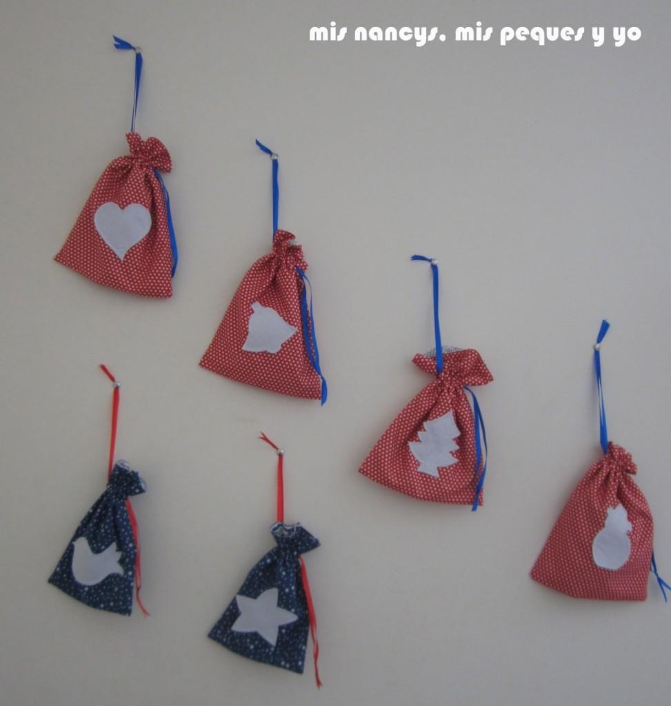 mis nancys, mis peques y yo, tutorial bolsitas de Navidad reversibles, adornos navideños para la pared