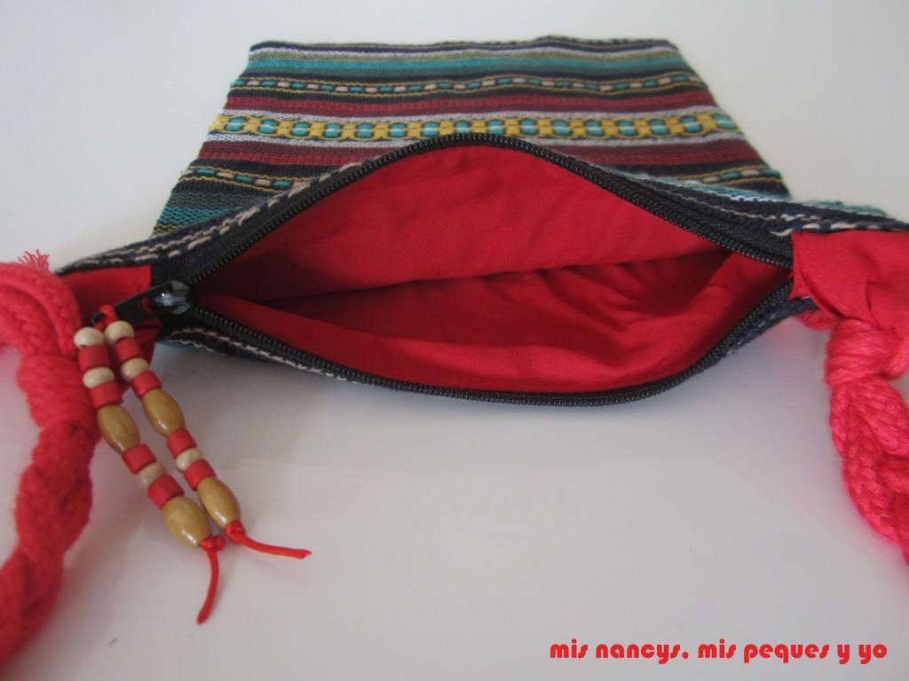 mis nancys, mis peque y yo, bolso fallero con tela morellana, forro interior en rojo