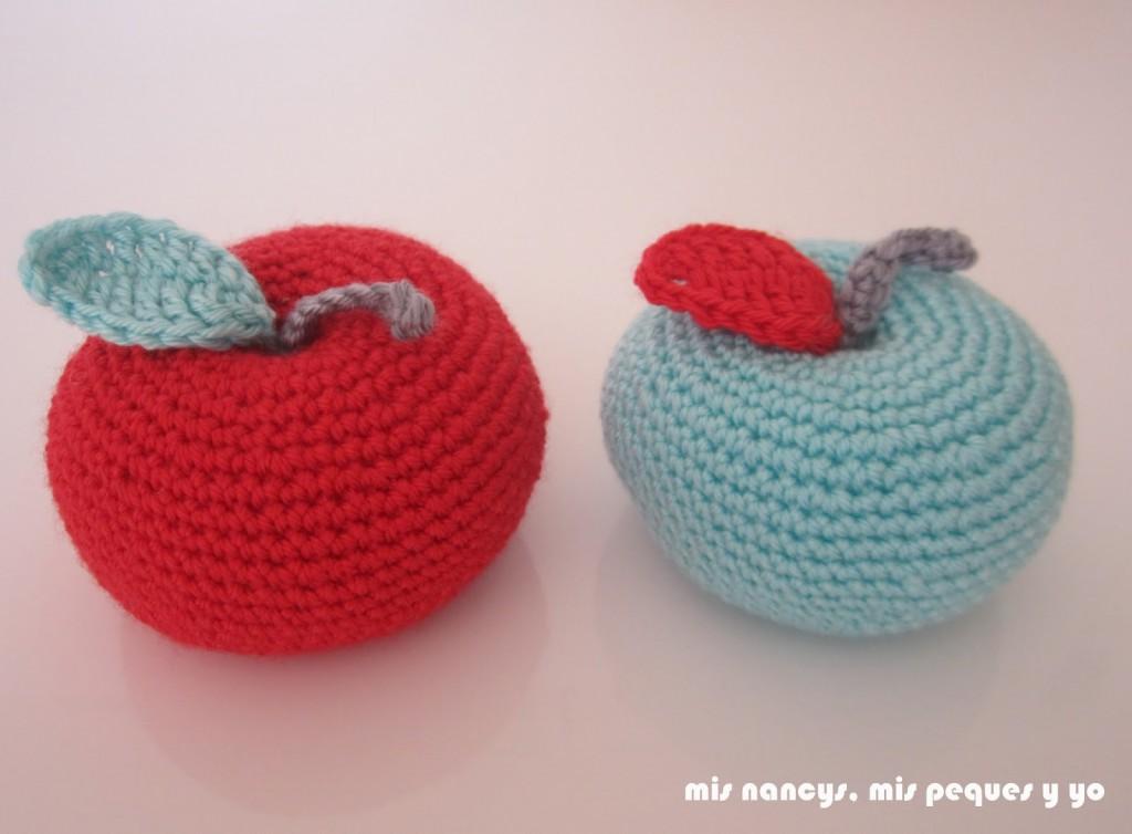 mis nancys, mis peques y yo, manzanas amigurumis, roja y verde