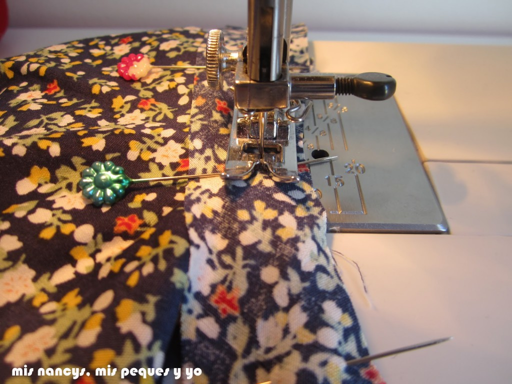mis nancys, mis peques y yo, tutorial blusa sin mangas niña (patrón gratis), coser bies sisas