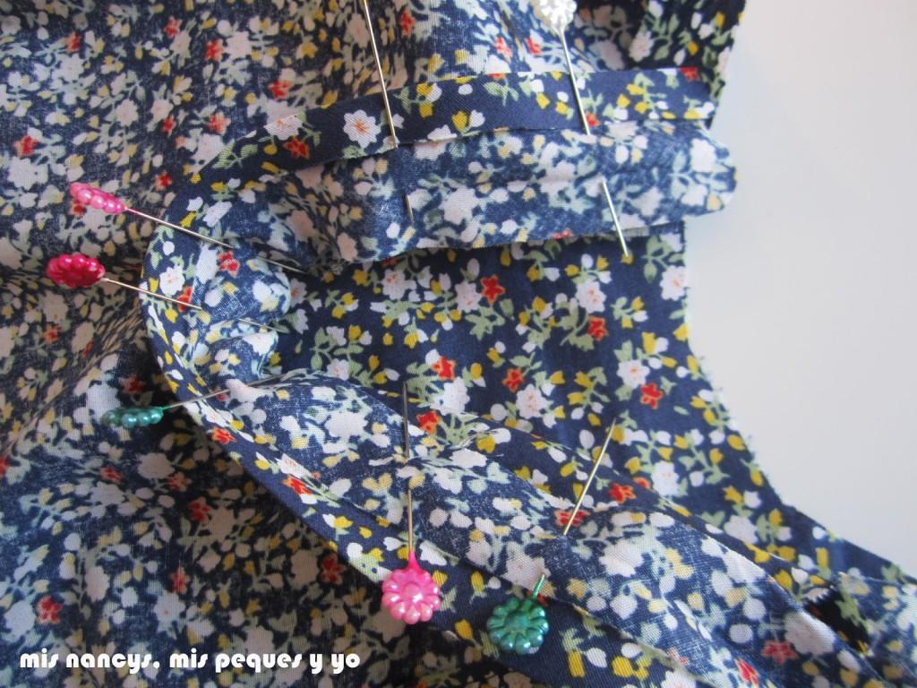 mis nancys, mis peques y yo, tutorial blusa sin mangas niña (patrón gratis), colocar bies abertura