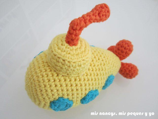 mis nancys, mis peques y yo, submarino amarillo amigurumi detalle