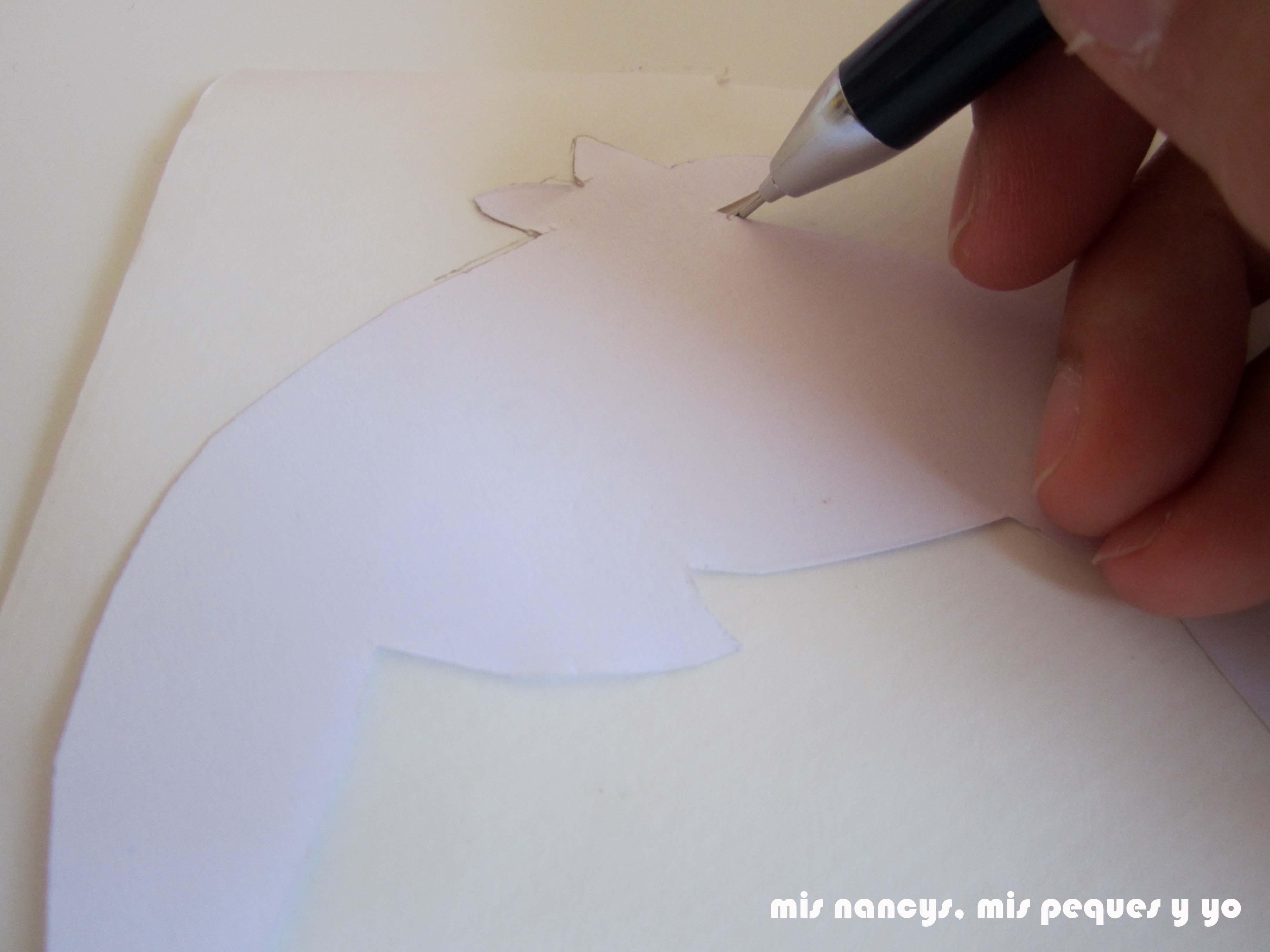 mis nancys, mis peques y yo, tutorial aplique en camiseta muñequita, dibujar sobre la flixelina