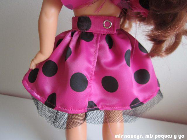 mis nancys, mis peques y yo, Tutorial falda fruncida con tul para Nancy y niñas, detalle falda por detrás