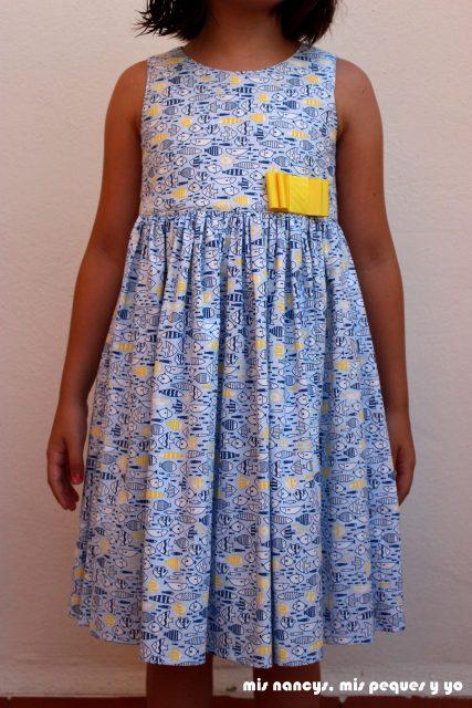 mis nancys, mis peques y yo, vestido everyday dress de Cosotela, como queda vestido azul pececitos
