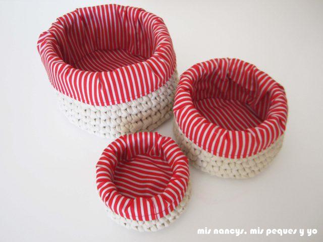 mis nancys, mis peques y yo, juego de tres cestas de trapillo redondas, con fundas de tela roja y blanca