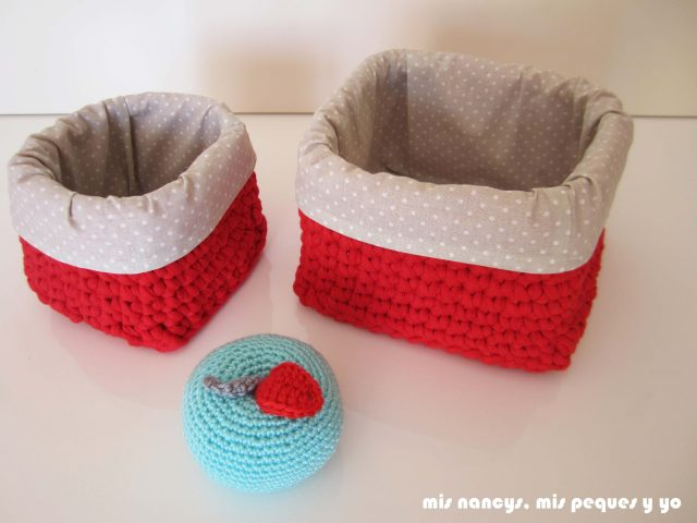 mis nancys, mis peques y yo, juego de dos cestas de trapillo cuadradas con funda de tela, dos tama?os