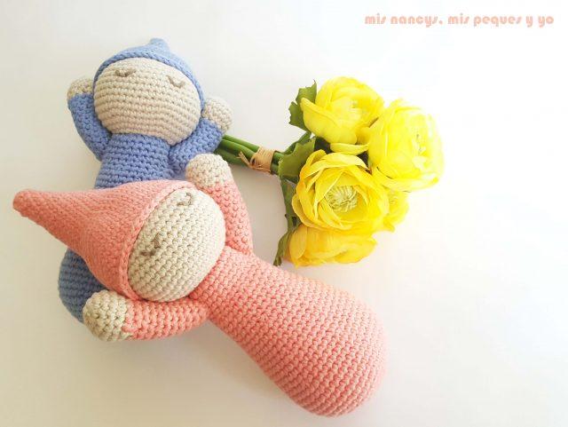 mis nancys, mis peques y yo, mellizos dormilones, pareja de bebes amigurumis, bebe rosa y azul con patron gratis de lanas y ovillos