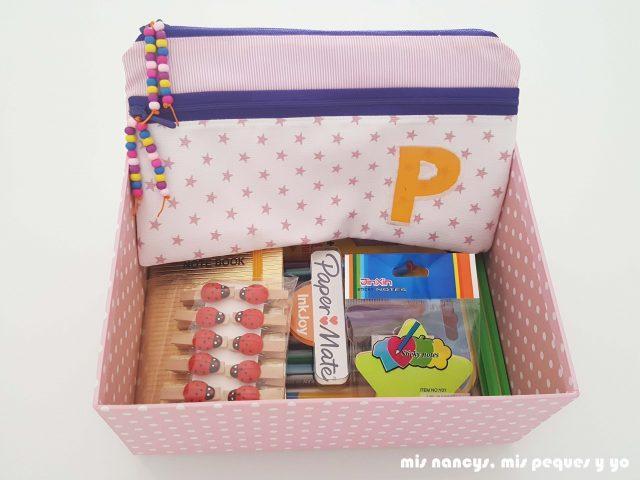 mis nancys, mis peques y yo, estuches escolares con dos cremalleras, caja con regalos de papeleria